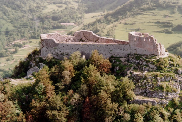 http://www.cathares.org/P11-11-26a-montsegur.jpg
